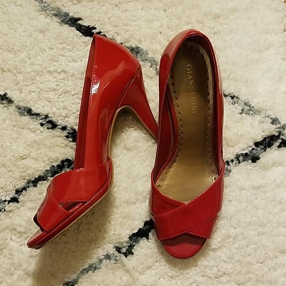 84b758d8405 Gianni Bini Shoes Gianni Bini Pom Pom Pump Color Black Size